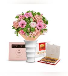 זר פרחים רגשות חמים + Merci + שוקולד Perly