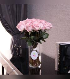 זר ורדים Pink באגרטל
