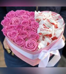 מארז מתוק ורדים + רפאלו