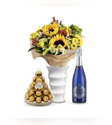 זר פרחים סיפור קיץ + פררה + יין