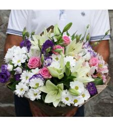 זר פרחים אנסטסיה #52