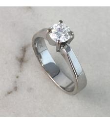 טבעת סוליטר 0.70 קרט E/VS1 GIA
