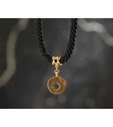 שרשרת ענבר   תכשיט תליון עיגול עם חור   תכשיט שחור & זהב