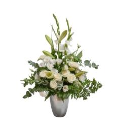 סידור פרחים לבן מרהיב