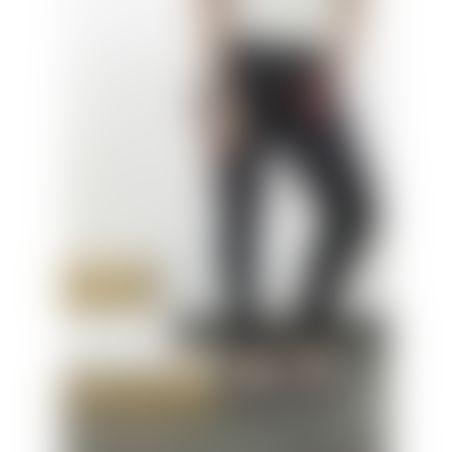 ג'ינס סקיני מחטב דגם קלאסי- שחור