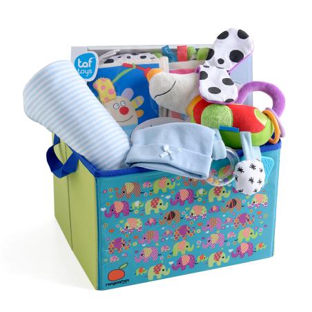 16# - גאון של אימא לבן : ספר בד, שמיכה, בובה אינטראקטיבית וכובע בקופסת צעצועים