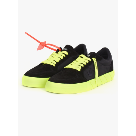 Off-White - Vulcanized Sneakers in Black Fluo Yellow