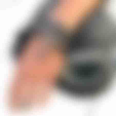 קומבינציית צמידים - נוצה שחורה