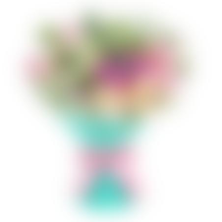 זר של ורדים וליזיאנטוס #12