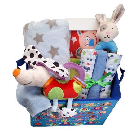 18# - אהבת אם לבן : ספר בד, חיתולי טטרה, שמיכה, בובה אינטראקטיבית, כובע ורעשן טבעת בקופסת צעצועים