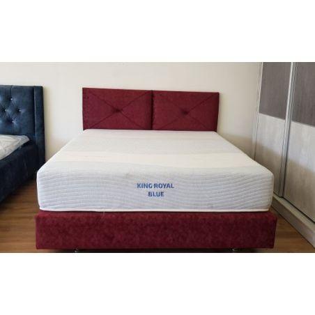 מיטה מרופדת אודם