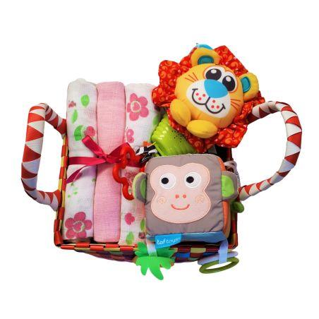 28# - קסם לה : חבילת לידה כיפית ובה סל צבעוני קלוע המכיל קוביית סקרנות צבעונית אינטראקטיבית, שלישיית חיתולי טטרה ובובה מנגנת נתלית של חברת פליי גרו