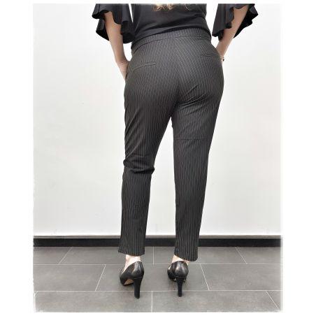 מכנס קלאסי פסים עדינים- שחור