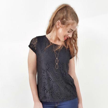 חולצת תחרה שחורה- SALE (אזל מהמלאי)