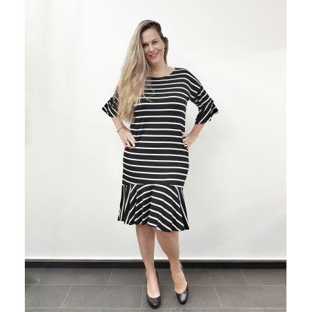 שמלה באורך מידי שרוולי פעמון- שחור פסים- FINAL SALE
