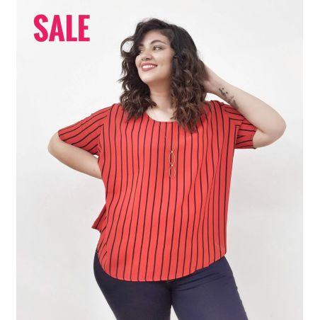 חולצת קרפ אדומה פסים שחורים- SALE