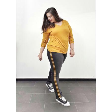 ג'ינס סקיני דיטייל פסים- שחור