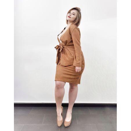 חליפת חצאית דמוי זמש- קאמל- SALE (אזל מהמלאי)