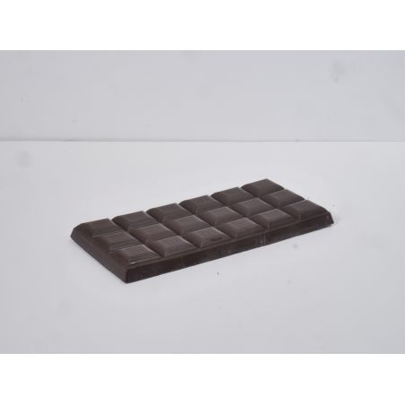 טבלת שוקולד מריר עם 70% מוצקי קקאו