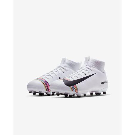 נעלי פקקים לילדים NIKE JR SUPERFLY 6 ACADEMY GS FG/MG AJ3111-109