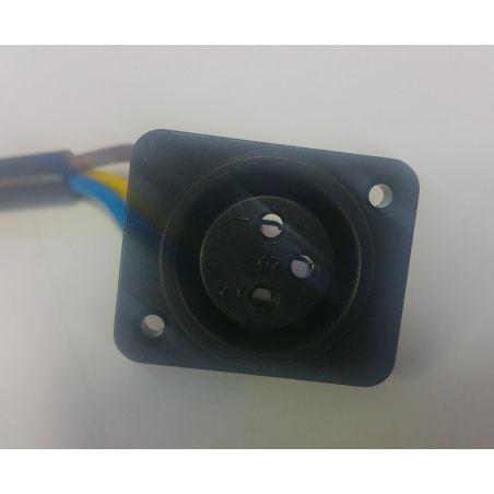 שקע טעינה לאופניים חשמליים וקורקינט חשמלי