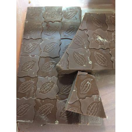 טבלת שוקולד מוטוס (לוטוס של מוטי(:) טבעונית