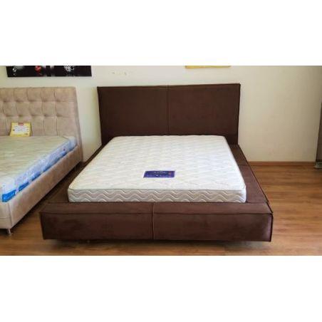 מיטה מרופדת דובה