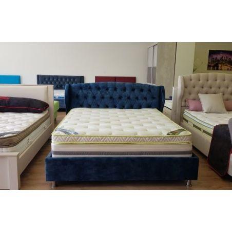 מיטה מרופדת רותם