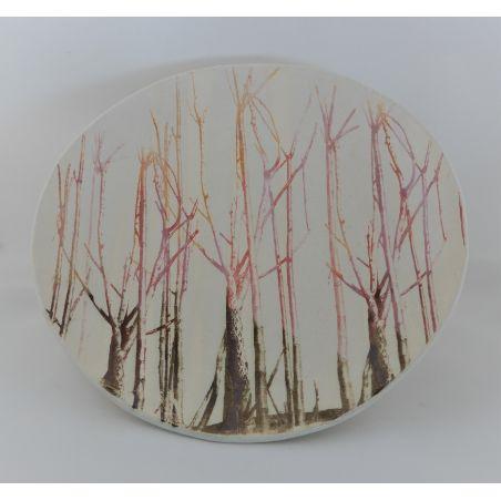 צלחת שטוחה עם עצים צבעוניים