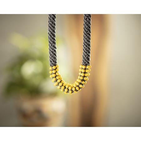 שרשרת אילה | תכשיט משולב קריסטלים | תכשיט אפור & צהוב