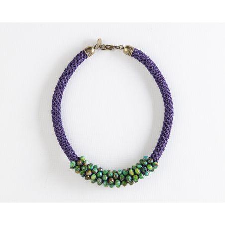 שרשרת אילה | תכשיט משולב קריסטלים | תכשיט סגול & ירוק