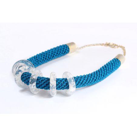 שרשרת כחול / לבן - חמוטל