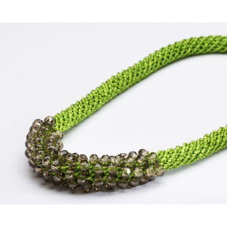 שרשרת אילה | תכשיט משולב קריסטלים | תכשיט ירוק
