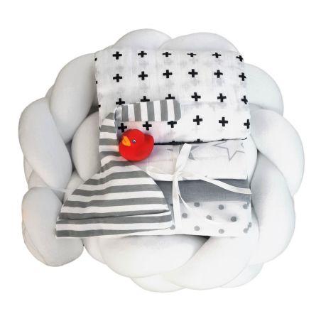 29# - קרמבו לבת ולבן : ערכת לידה ענוגה ורכה המכילה נחשוש צמה לבן, כירבולית טטרה רכה, שלישיית חיתולי טטרה, כובע לתינוק וברווזון לאמבט