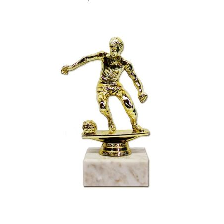 גביע כדורגלן  צבע זהב  גובה 17ס
