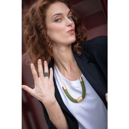 טבעת שחר | טבעת שזורה מחרוזים מוטיב זיגזג | טבעת צבעונית