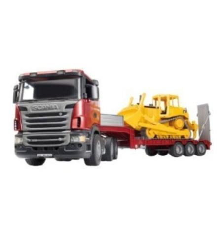משאית גוררת טרקטור