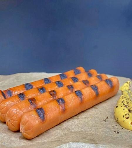 נקניקיית לנדייגר כשרה - נקניקיית עגל אווז (כ-440 - 470 גרם) לחבילה של 5 נקניקיות)