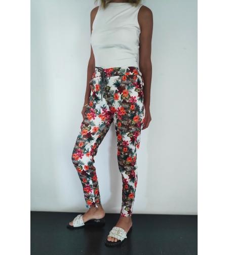 מכנסיים עם עיטורי פרחים.  one size