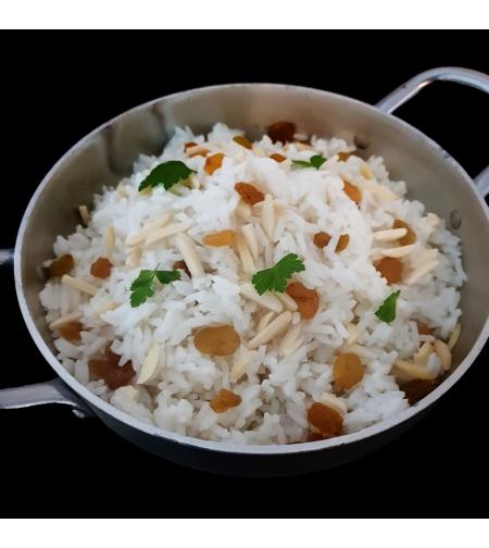 אורז שקדים וצימוקים