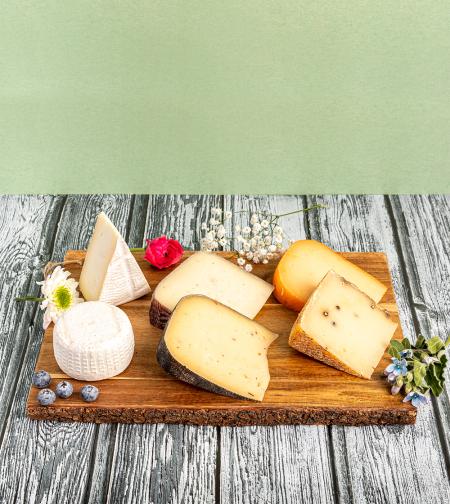מארז של 6 גבינות בוטיק - אוהבי גבינות זה בשבילכם!