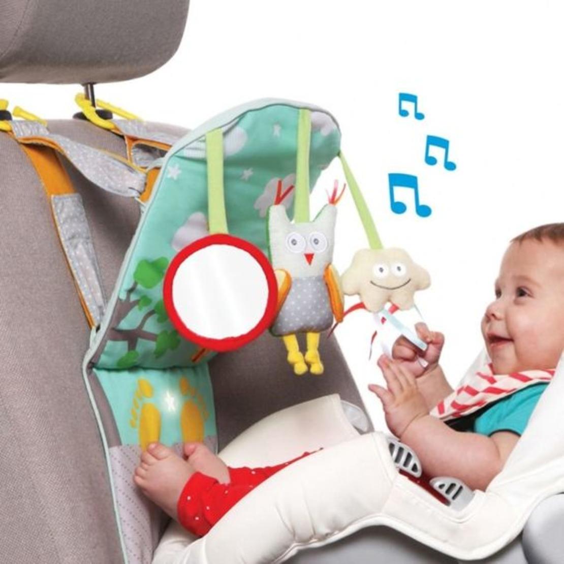 33# - נעים לי לבן : פעלולון לרכב מאיר ומנגן עם שמיכת עגלה רכה ובובת כלב תחש כותנה מרשרשת