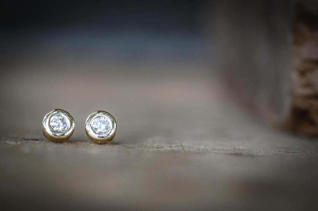 עגילי זהב יהלומים