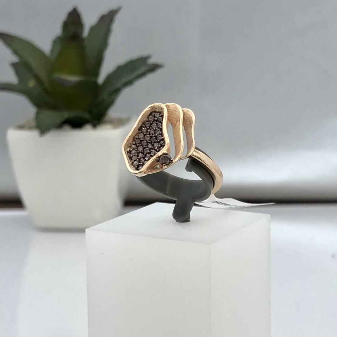 סט תליון, טבעת ועגילים 19WQ6VN