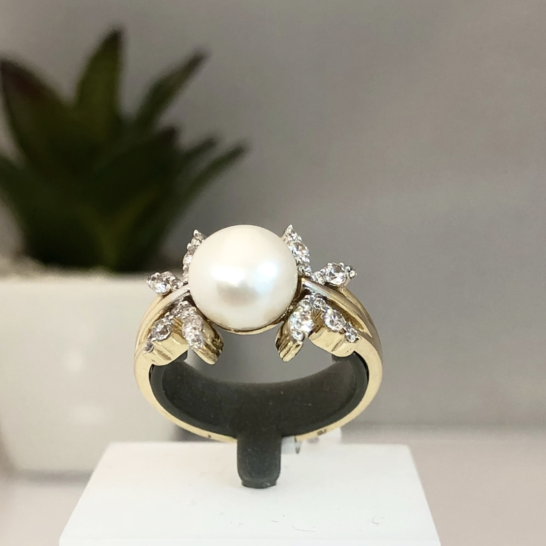 טבעת 19W97Q6_GR
