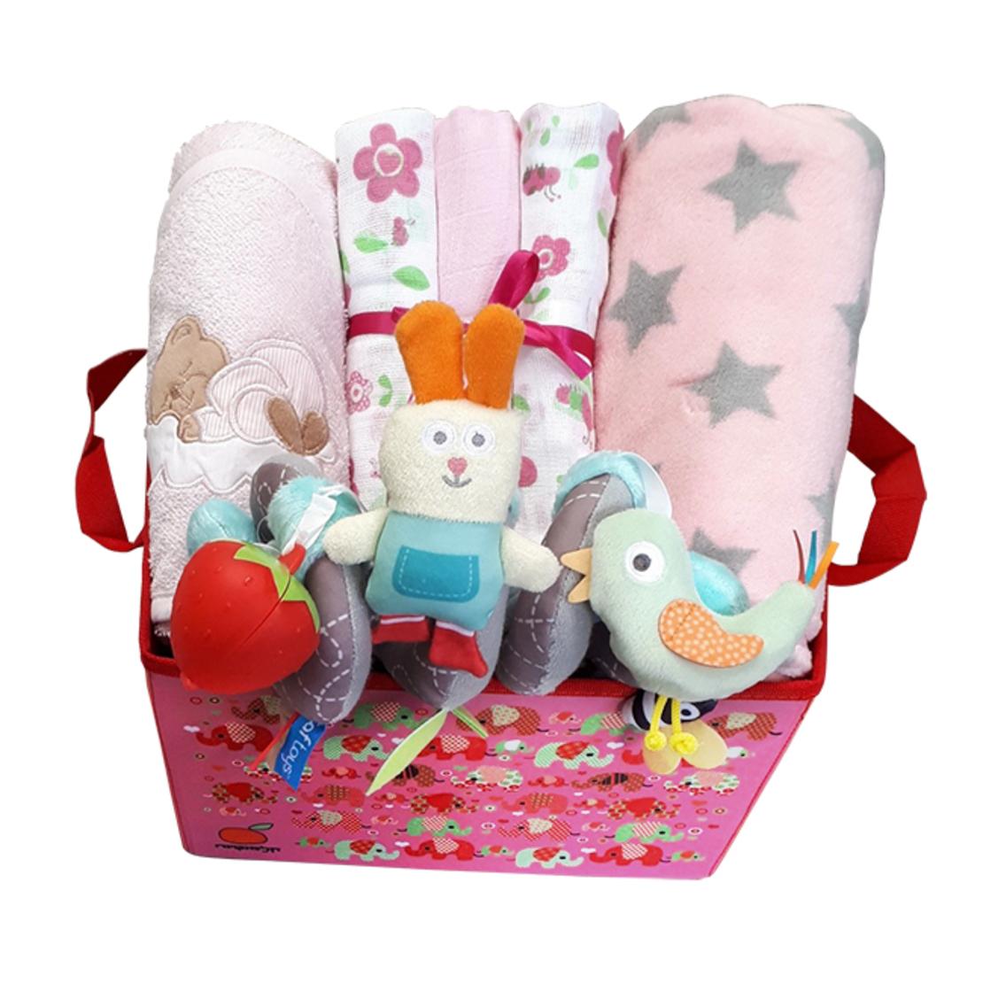 13# - אושר רך ומלטף לבת : מתנה רכה המכילה קופסת צעצועים, שמיכה, מגבת, חיתולי טטרה, ספירלה לעגלה/ סלקל