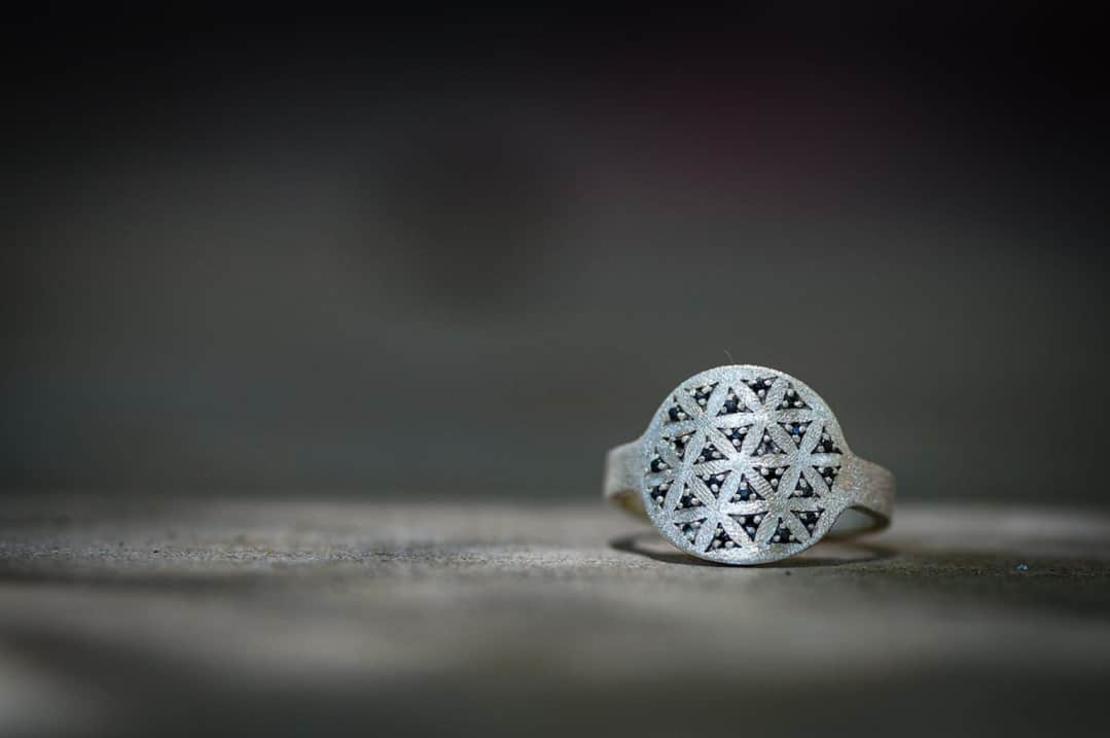 טבעת פרח החיים
