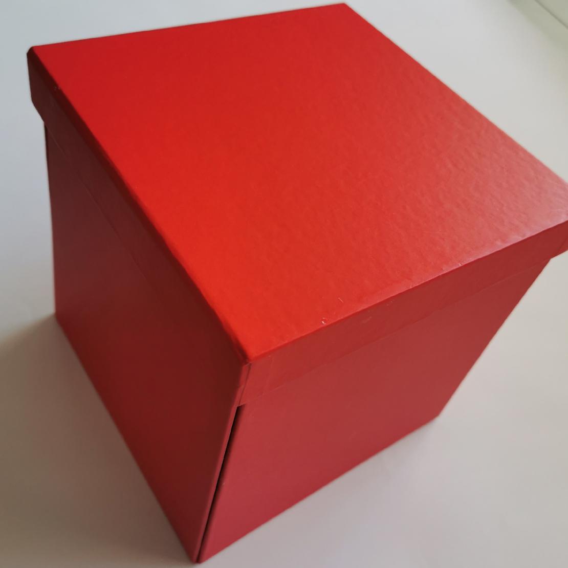 קופסא מתפוצצת לב