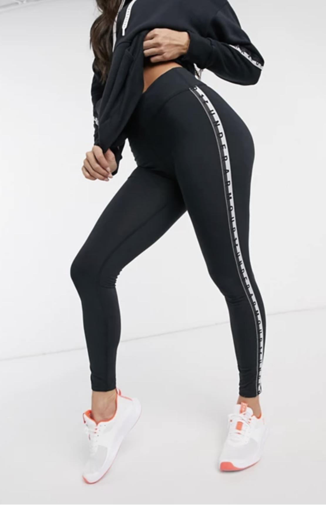 טייץ אנדר ארמור נשים | Under Armour Favorite Branded Leggings