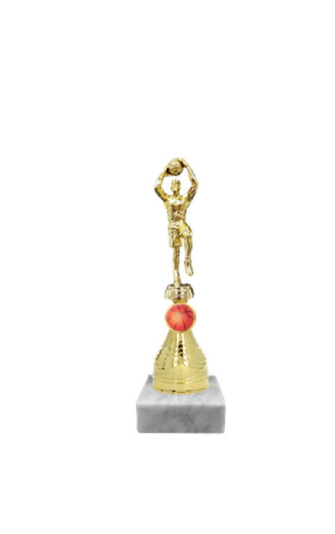 גביע דמות כדורסלן מוגבה זהב